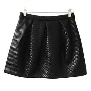 LUSH Nordstrom Mini Quilted Skater Skirt Black M
